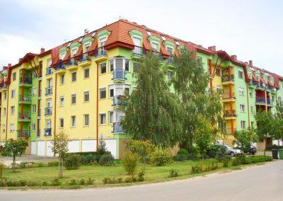 156 lakásos társasház